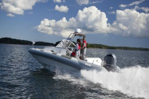How to Increase Horsepower on an Outboard Motor