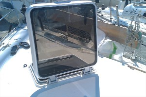 How to Repair Broken or Cracked Plexiglass on Your Boat