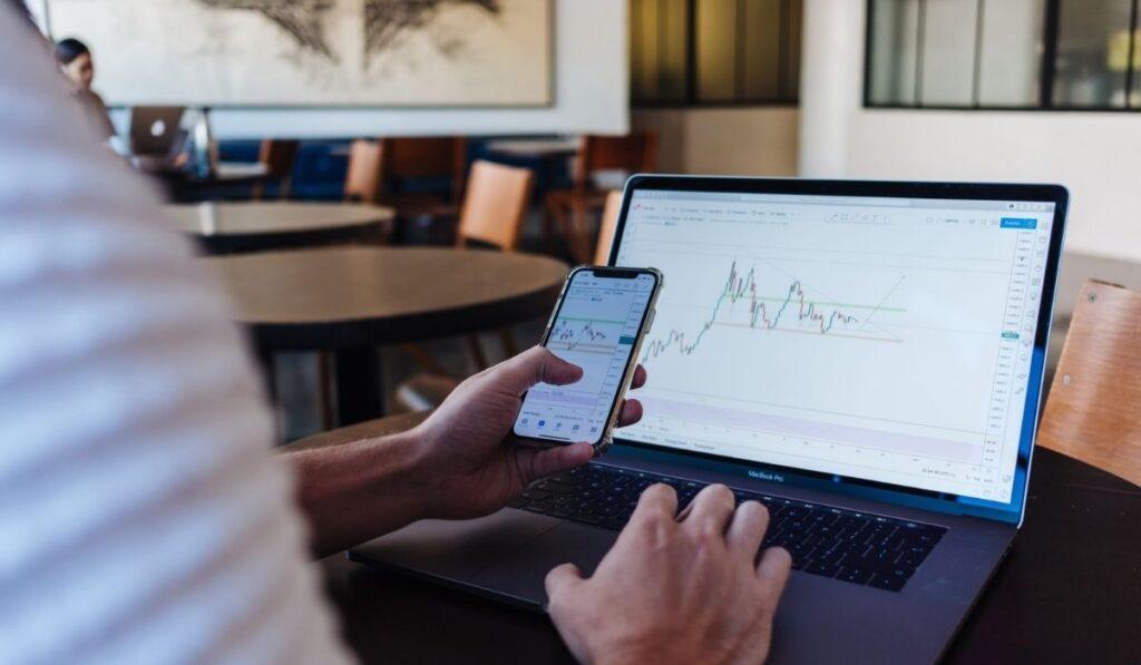 Best Laptop For Stock Trading