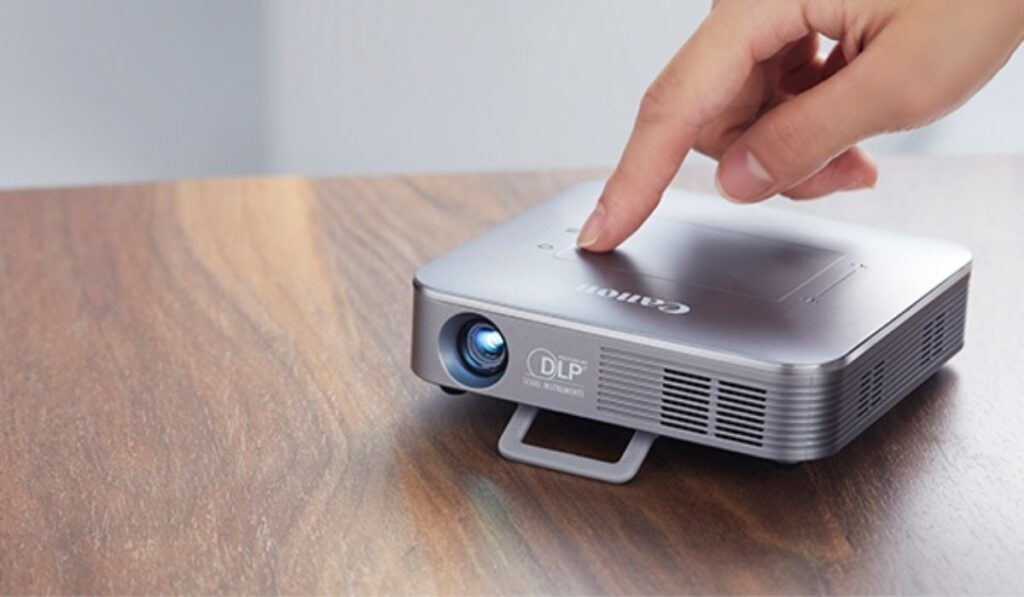 How To Determine A Projector